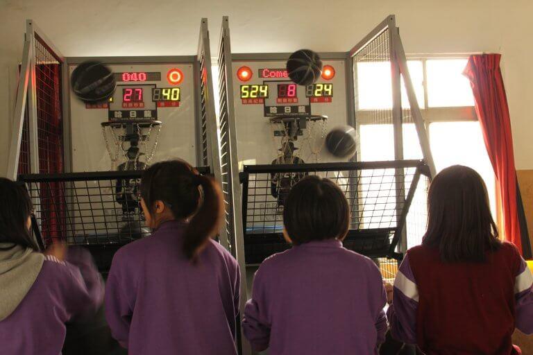 投籃機供同學使用