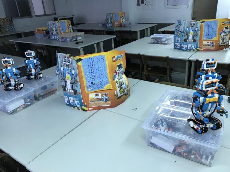樂高機器人LEGO-BOOST、Mindstorms EV3結合程式設計