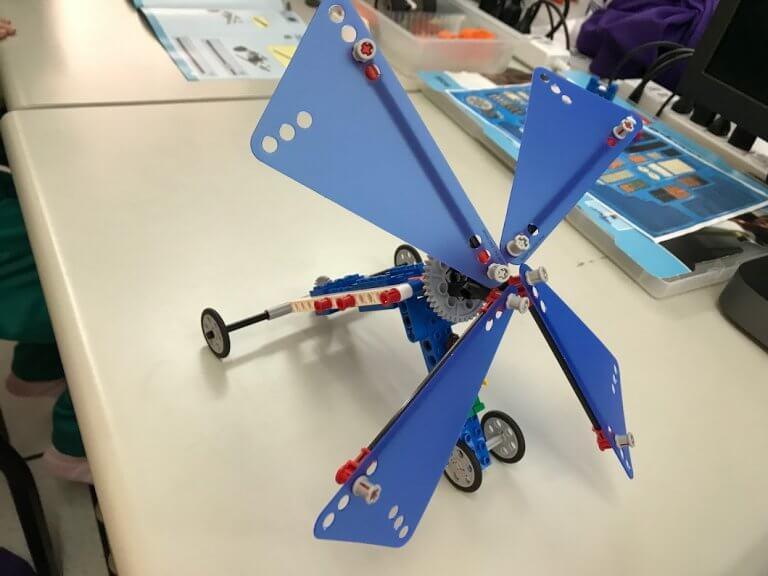 樂高動力機械-風帆車